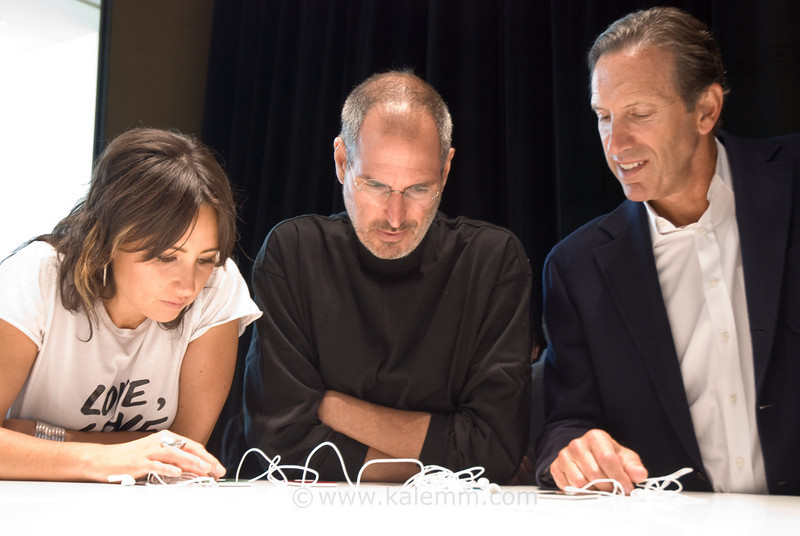 Steve Jobs, KT Tunstall, Howard Schultz